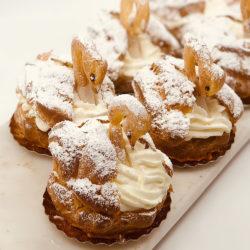 Cream Puff Swan pastry