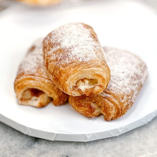 mini croissant-apple-custard