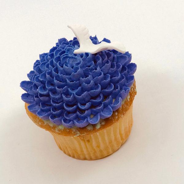 Aurora flower with dove cupcake