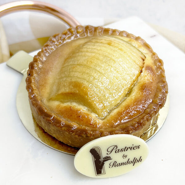 Individual baked apple tart
