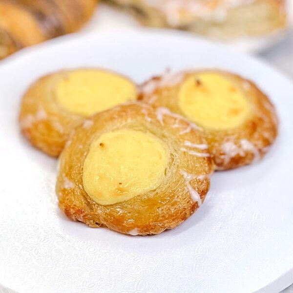 mini danish custard