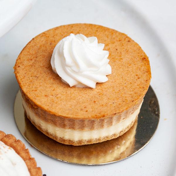 Individual pumpkin cheesecake