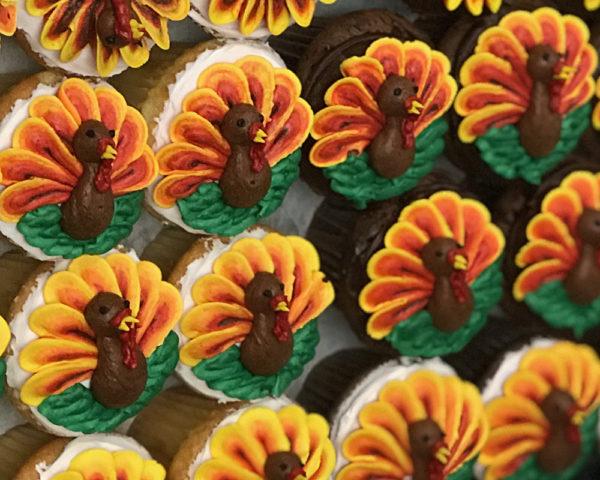 Tray of Turkey Cupcakes