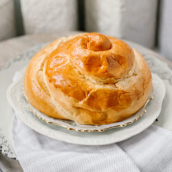 Round Challah for High Holidays